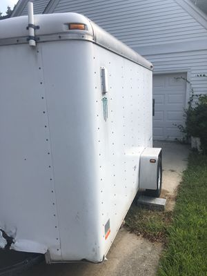 2001 enclosed trailer for Sale in Bowie, MD