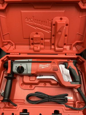 """New Milwaukee 1"""" SDS Plus Rotary Hammer Kit. 5262-21 for Sale in Waltham, MA"""