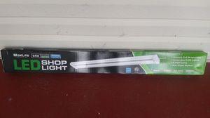 Maxlite LED shoplight 4300 lumens for Sale in Millville, NJ
