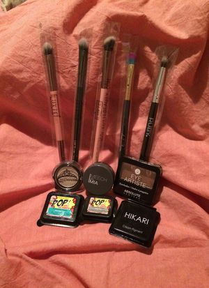 Premium Makeup Brushes and Eyeshadows for Sale in Buffalo, NY