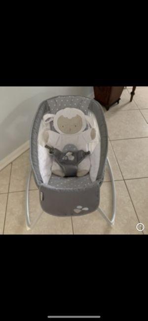 Baby bassinet for Sale in Jupiter, FL