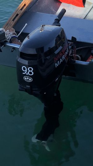 Nissan Marine 9.8 HP 4 Stroke Outboard Motor NSF9.8A3 $1499 OBO for Sale in Fullerton, CA
