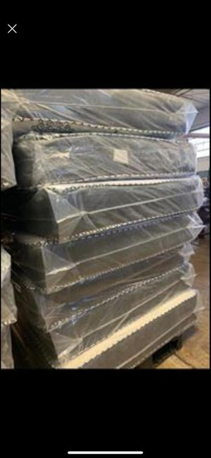 Mattress and box spring delivery available all sizes available for Sale in Palos Heights, IL