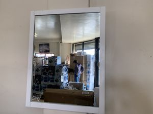 Wall mirror for Sale in Pomona, CA