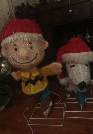 Snoopy & Charlie Brown Outdoor Holiday Decorations for Sale in Gainesville, VA
