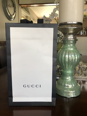 GUCCI MEN WALLET NEW for Sale in Lincoln Acres, CA