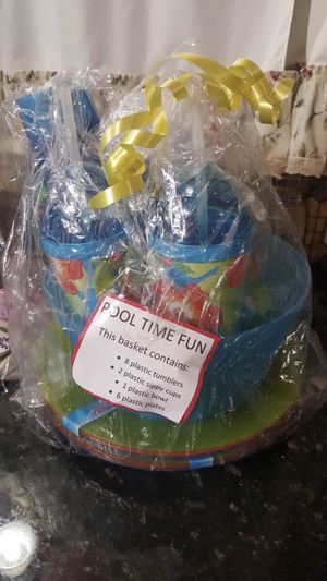 Pool time fun 17-piece Basket set. Brand new for Sale in Shelby charter Township, MI