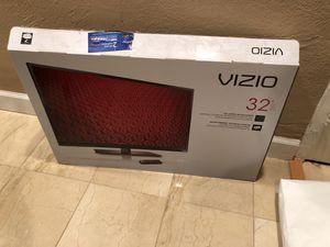 TV Vizio 32 Inches for Sale in Coral Gables, FL