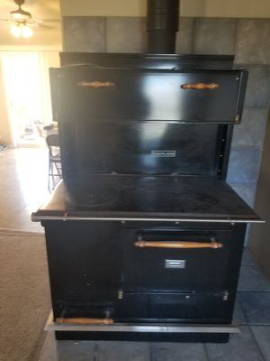 Pioneer Maid Wood Cook Stove for Sale in Montrose, CO