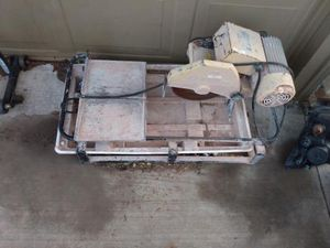 60010 wet tile saw for Sale in Oklahoma City, OK