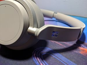 Surface active noise cancelling Wireless Bluetooth for Sale in Voorhees Township, NJ