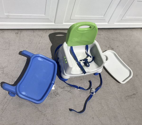 High Chairs and Booster Seats - FREE Trays!
