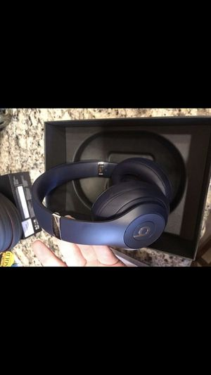 Beats studio 3 wireless for Sale in Tampa, FL