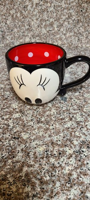 Minnie Mouse Face Large 20 oz Mug. for Sale in Anaheim, CA