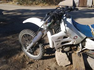 Yamaha dirt bike for Sale in Pinon Hills, CA