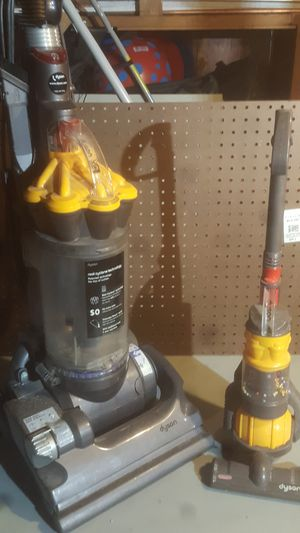 Dyson vacuum for Sale in Chicago, IL