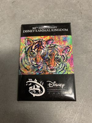 Disney Animal Kingdom 20 year anniversary button pin for Sale in Davenport, FL