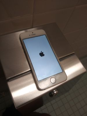 Used IPHONE 5 ... PICK UP 2681 MARION AVE BX NY for Sale in The Bronx, NY