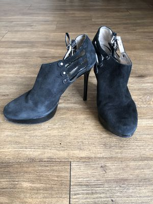 Michael Kors boots size 8 1/2 for Sale in Mount Baldy, CA