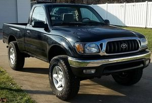 TOYOTA TACOMA 2001 // dual air bags for Sale in San Jose, CA