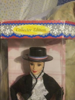 Collector ediition CHILEAN BARBIE for Sale in Fresno, CA