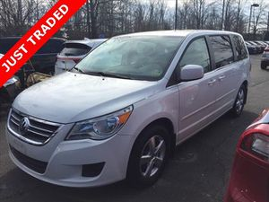 2009 Volkswagen Routan SE Minivan/Van for Sale in Chantilly, VA