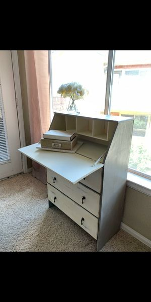 Secretary desk for Sale in Thornton, CO