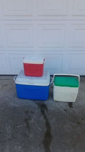3 Ice Chest for Sale in Fresno, CA