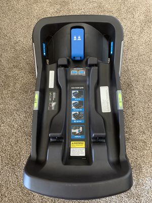 nuna PIPA infant car seat base (only) for Sale in San Diego, CA
