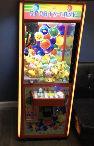 Like new modern claw machine for Sale in Temple City, CA
