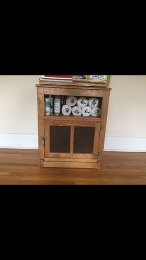 TV stand white clad for Sale in Cleveland Heights, OH