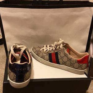 Gucci Sneakers for Sale in Atlanta, GA