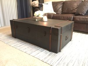 Woodland Imports Antique Coffee Table for Sale in West Palm Beach, FL