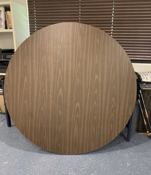Round table for Sale in Placentia, CA