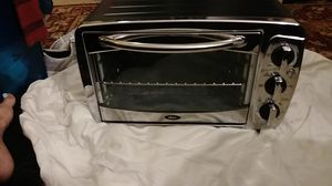Oster toaster oven for Sale in Benbrook, TX
