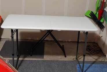Folding Table for Sale in Aloha,  OR
