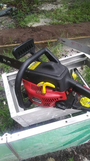 Homelite 14'chainsaw for Sale in Hudson, FL