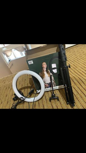 Ring light (Never used) for Sale in Haines City, FL