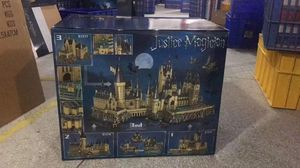 MK LEGO Harry Potter Hogwarts Great Hall Building Kit and Magic Castle Toy for Sale in Palo Alto, CA