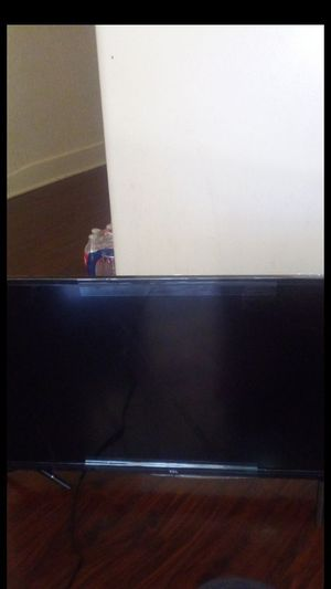 """TCL Roku smart TV 32"""" inch for Sale in Los Angeles, CA"""