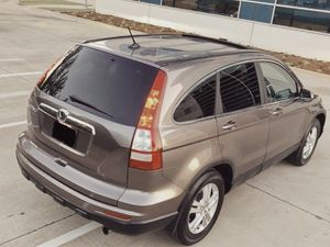 WELL MAINTAINED HONDA CRV 2010 CHILD SAFITY LOCKS NEW TIERS for Sale in St. Petersburg, FL
