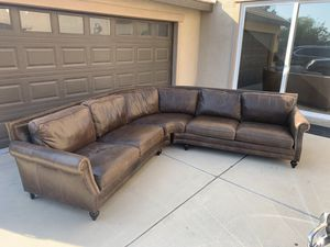 Mathis Brothers chocolate brown leather sectional sofa for Sale in Rancho Cucamonga, CA