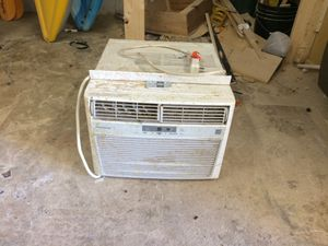 Frigidaire ac window unit for Sale in Hialeah, FL