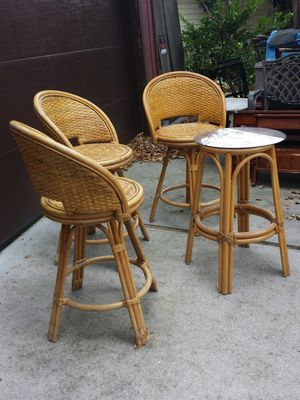 Bamboo (3) stools and table for Sale in Virginia Beach, VA