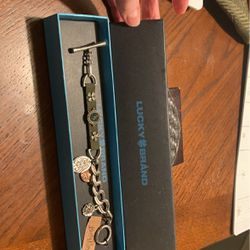 Lucky Brand Bracelet- Silver Tone , Swede With Green Stone for Sale in Highland,  MD