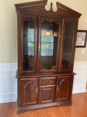 Free china cabinet...need gone ASAP, new set coming in for Sale in Canton, GA