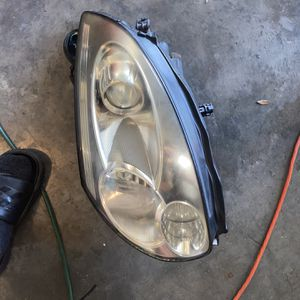 Infiniti G35 Coupe Headlights for Sale in Orlando, FL