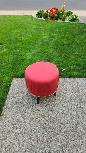 Red ottoman Foot stool for Sale in Puyallup, WA