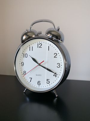 8 inch Twin Bell Alarm Clock Silver for Sale in Pedricktown, NJ