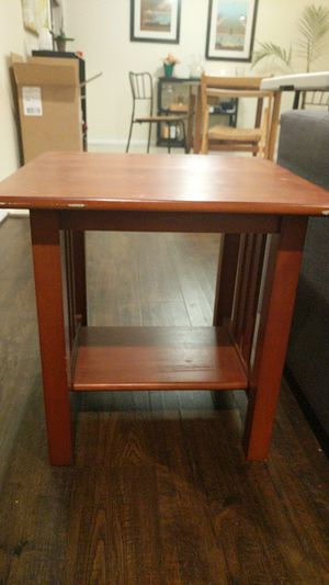 Small Side Table with Shelf for Sale in Gaithersburg, MD